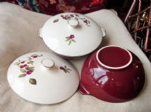 2 X VINTAGE GILDED MAROON RED TUREENS & LIDS ALFRED MEAKIN HOYLAKE CHERRY DESIGN